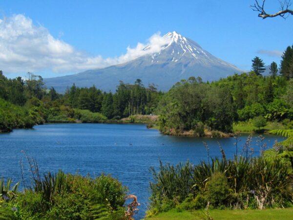 Neuseeland auf eigene Faust, Vulkan, ein Film von Silke Schranz und Christian Wüstenberg